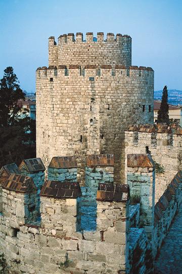 Yedikule Surları ve Zindan, İstanbul, Yedikule