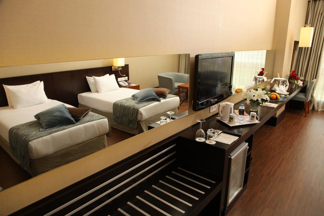 Deluxe Çift Kişilik veya İki Yataklı Oda