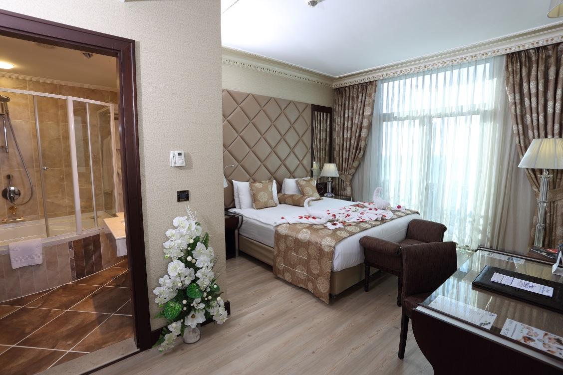 Senior Suite - Kara Manzaralı